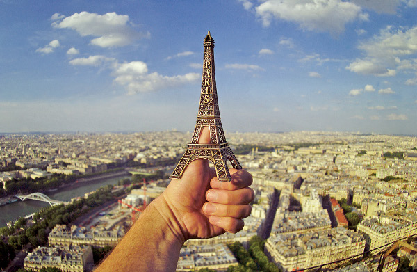 Photo Inspiration Communication Ideas Paris France Eiffel Tower Self-Portrait