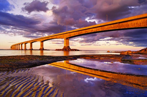 Photo Copyright Darwin Wiggett - Big Bridge