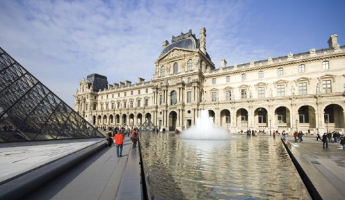 Photo Copyright Peter K. Burian - Louvre 10mm