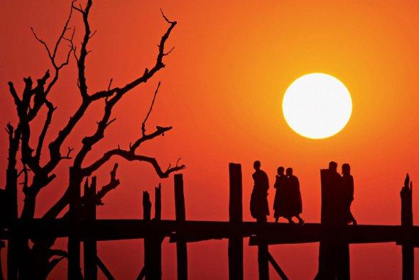 Springboard U Bein Bridge Sunset Nikon D200 Nikkor 80-400