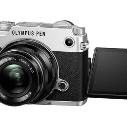 Field Test: Olympus Pen-F